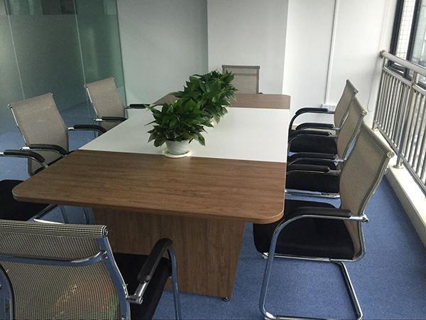 合家欢-会议室